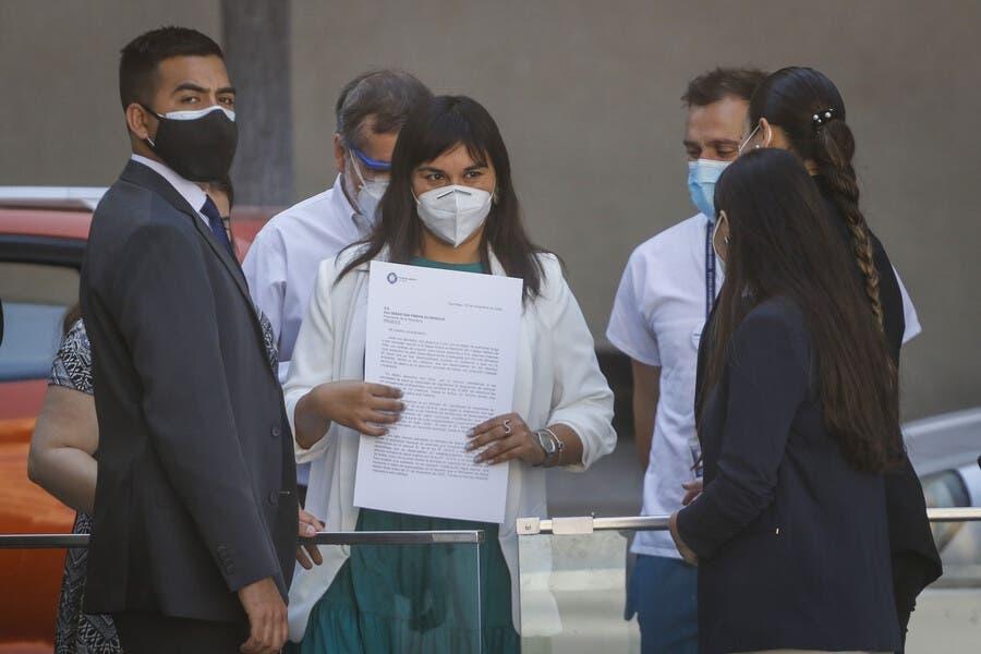La propuesta del Colegio Médico: Cortocircuito epidémico o totalitarismo sanitario
